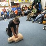 25.11.2015 – K záchranně  lidského života stačí Vaše dvě ruce – kurz 1. pomoci pro děti z členských spolků