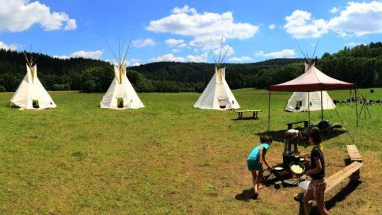 Letní tábory se blíží. Kdo na ně přispívá?